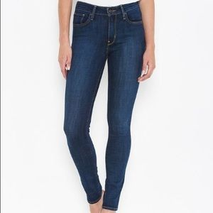 721 High Rise Skinny Levi Jeans